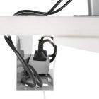 Organizér na vedení kabelů pod stolem