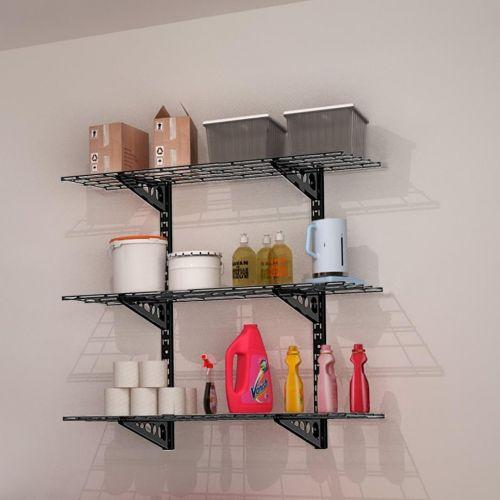 Nástěnná kovová trojpolice pro uskladnění věcí v domácnosti