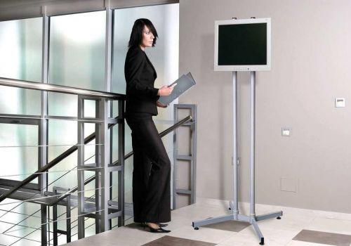 Pevný stojan na monitory Edbak SV52