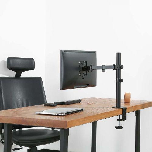 Stolní držák F10 připevněný na pracovním stole