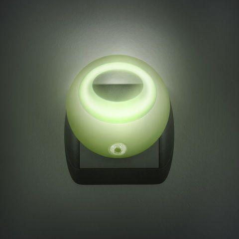 Zelené noční světlo se senzorem